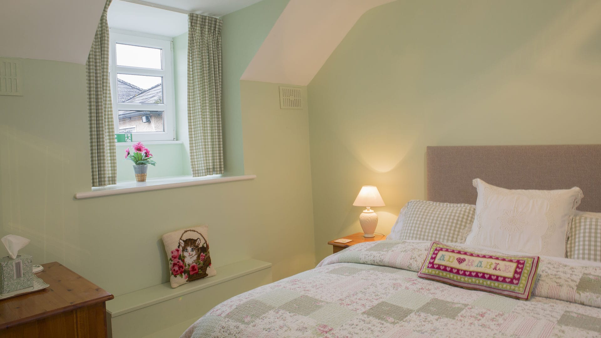 Double-Bed-Bedroom-Room-Window--Holiday-Homes-Ireland-Meath-Dunshaughlin-Self-Catering