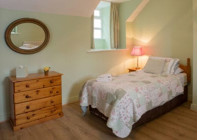 Double Bed Dresser Mirror Bedroom Holiday-Homes-Ireland-Meath-Dunshaughlin-Self-Catering