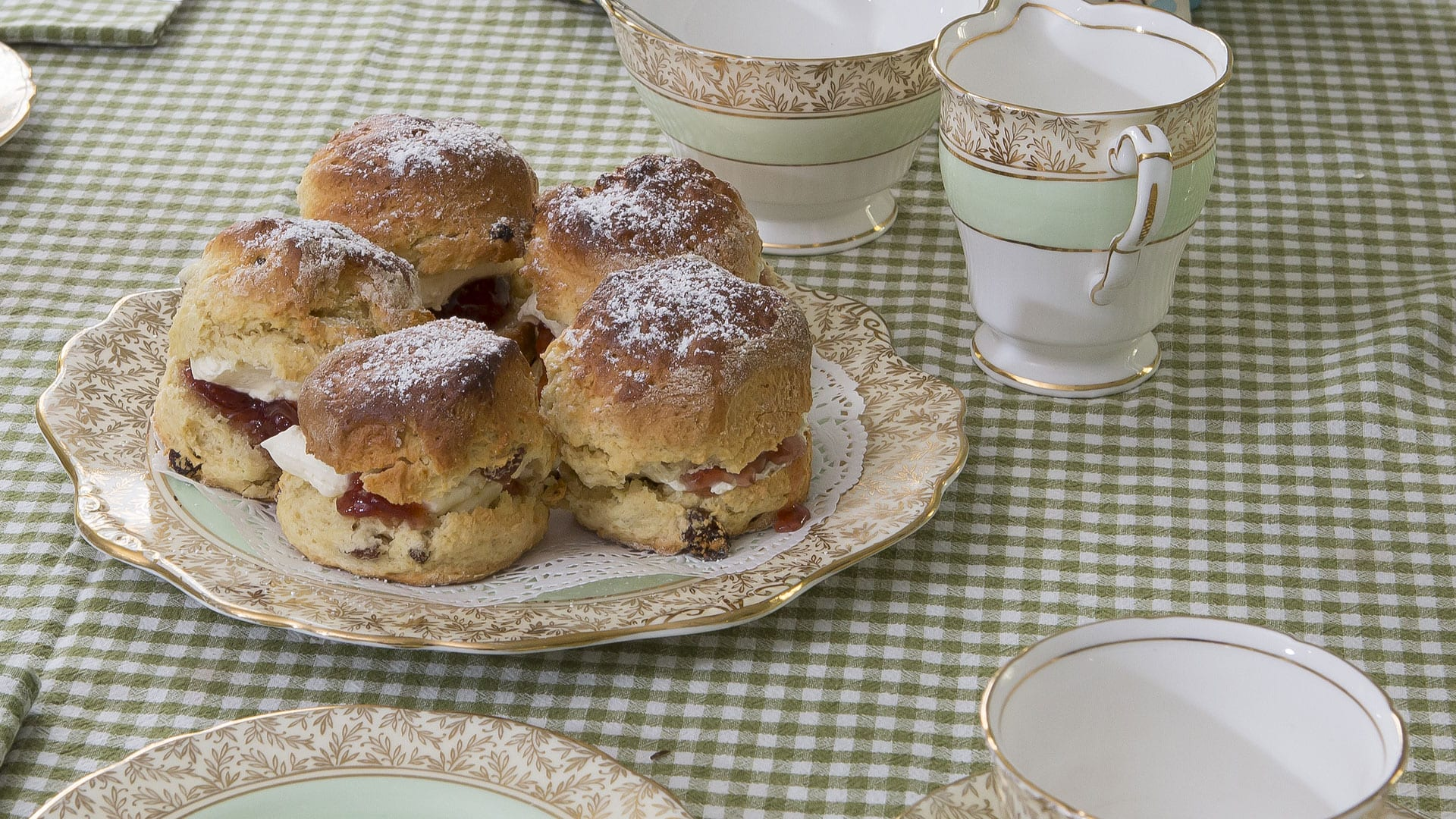 Tea-Cups-Scones-Jam-Preserves-Kitchen--Holiday-Homes-Ireland-Meath-Dunshaughlin-Self-Catering